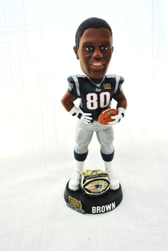 New England Patriots Rare 8inch NFL Super Bowl 38 Troy Brown #80 Championship ring base bobblehead ()