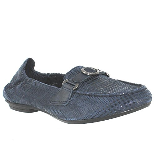 Earth Women's Scout Slip-On Loafer,Navy Blue Printed Buck...