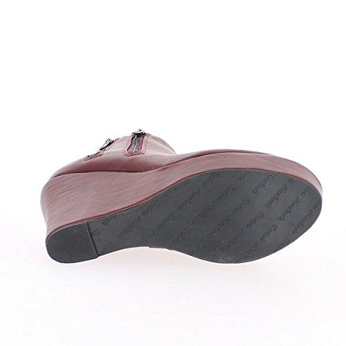 Dipinta di rossi stivali bassi con tacco 10cm