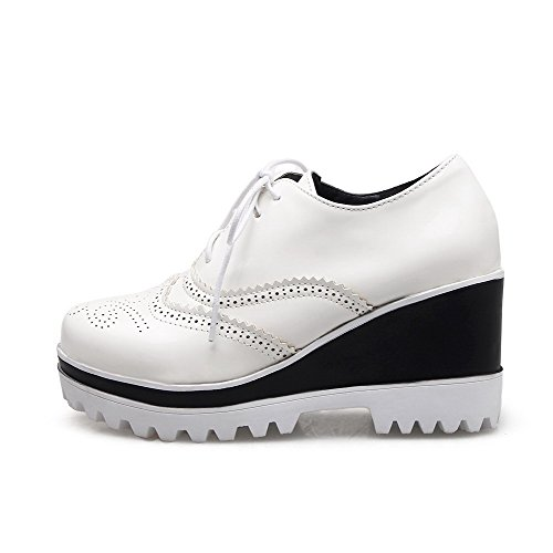 VogueZone009 Damen Schnalle Hoher Absatz Lackleder Rein Rund Zehe Pumps Schuhe Weiß