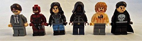 NETFLIX The Defenders Set of 6 Mini Figures w/Matt Murdock, Daredevil, Luke Cage, Iron Fist, Jessica Jones and the Punisher