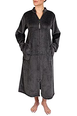 Heavenly Bodies Cuddle Fleece Robe, Jacquard Knit Brushed Fleece With Long Sleeves, Two Side Pockets and Full Zipper