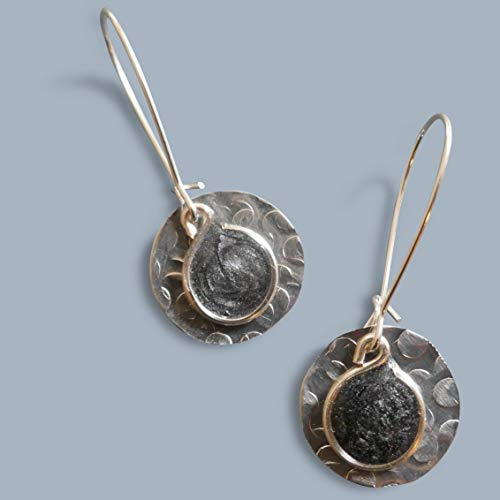(Handmade Lightweight Silvery Black Metallic Small Disc Womens Drop Earrings Beads by)