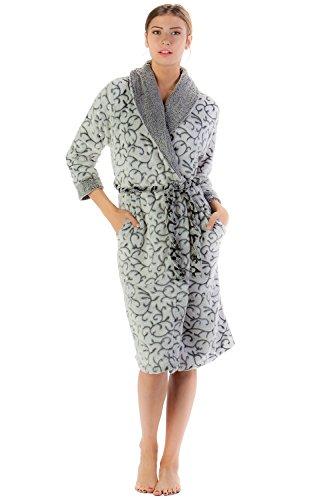 Casual Nights Women's Jacquard Print Fleece Plush Robe - Black - Small