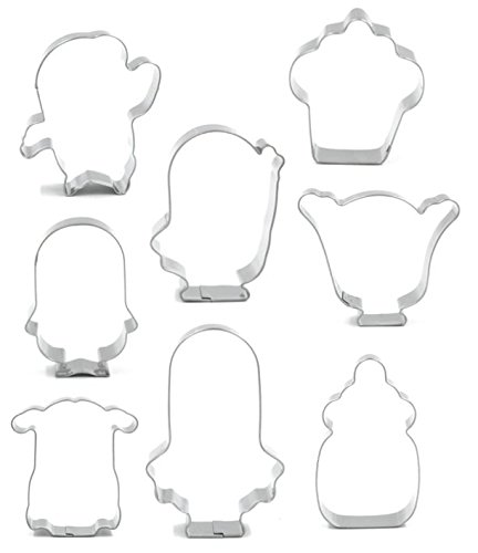 Despicable Me Minion Cookie Cutter with Matching Cookie Stencils - American Confections - Stuart the Minion, Bob the Minion, Dave the Minion - Set of 16]()