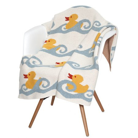in2green Baby Blanket - Cozy Blanket Eco Throw for Baby - Ducky Pattern Made from Soft Cotton and Polyester for Daily Use