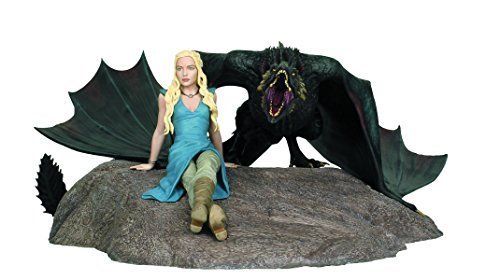 me of Thrones: Daenerys and Drogon Limited Edition Statue ()