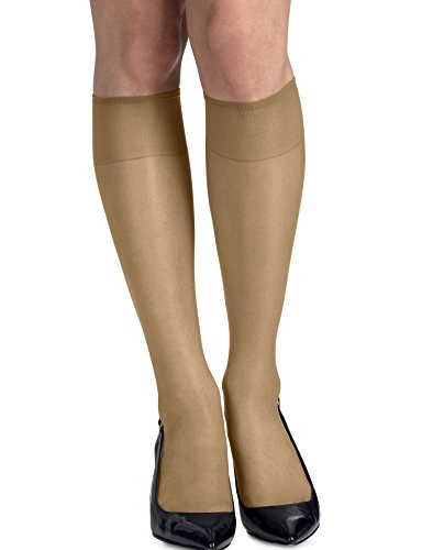 (Hanes Silk Reflections Silky Sheer Knee Highs with Reinforced Toe 2-Pack)