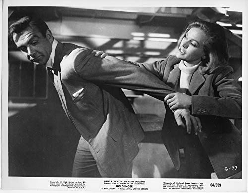 Goldfinger original 1964 8x10 photo Honor Blackman arm locks Sean Connery
