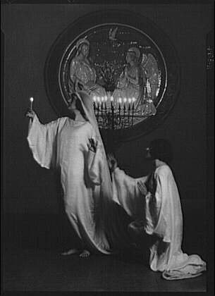 Fatal Frame V Costumes (Photo: Guthrie dancers,St Mark's Church,performers,costumes,women,Arnold Genthe,1924 2)