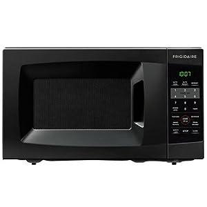 Frigidaire FFCM0724LB 700-watt Countertop Microwave : Cheap and cheerful
