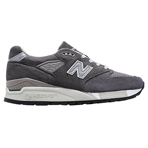 New Balance Gold Dip Black/Gold WLURC US 8 (size US 8) New Balance Gold Dip shoes lets you go retro and glam at the same time with an old-school flashback to a classic silhouette with gold accents on the heels.