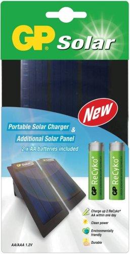 GP PowerBank Solar - Cargador solar con 2 paneles (incluye 2 pilas recargables AA ReCyko y funda de transporte), color negro
