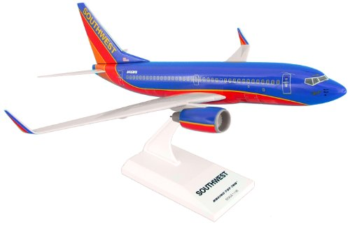 Daron Skymarks Southwest B737-700 Airplane Model Building Kit, 1/130-Scale (Southwest Airlines Model Plane compare prices)