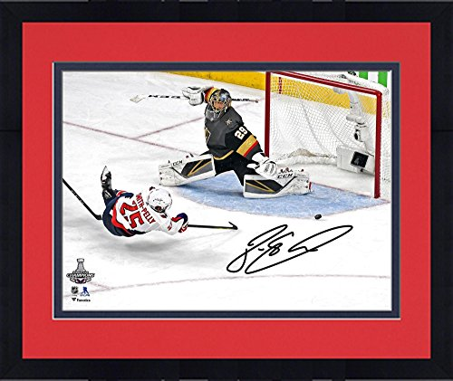 Framed Devante Smith-Pelly Washington Capitals 2018 Stanley Cup Champions  Autographed 16