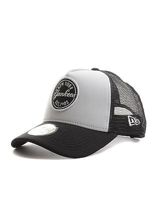 New Era MLB Emblem NY Yankees Gorra trucker  Amazon.es  Deportes y aire  libre be829972322
