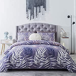 51%2B0GAUzBUL._SS300_ Hawaii Themed Bedding Sets