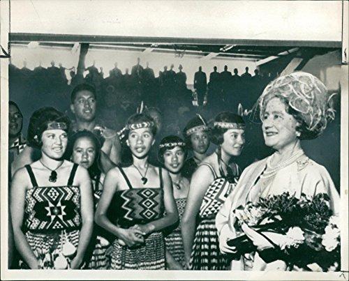 Vintage photo of Elizabeth Bowes-Lyon with Maori Girls