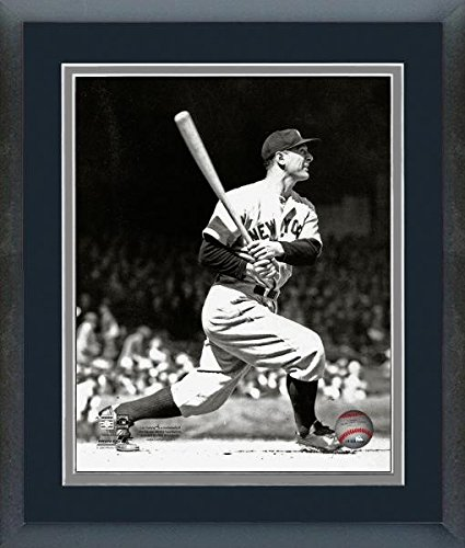 finest selection 11a4b 270cf Amazon.com: Lou Gehrig New York Yankees MLB Action Photo ...