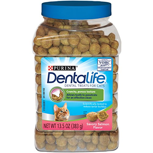 Purina DentaLife Made in USA Facilities Cat Dental Treats; Savory Salmon Flavor - 13.5 oz. - Tub Treat Dental Chews