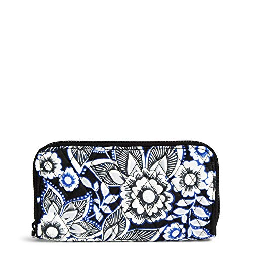 Vera Bradley Women's Rfid Georgia Wallet, snow lotus, One Size ()