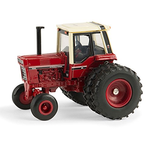 ERTL 1:64 International Harvester 1086 tractor National Farm Toy Museum ()