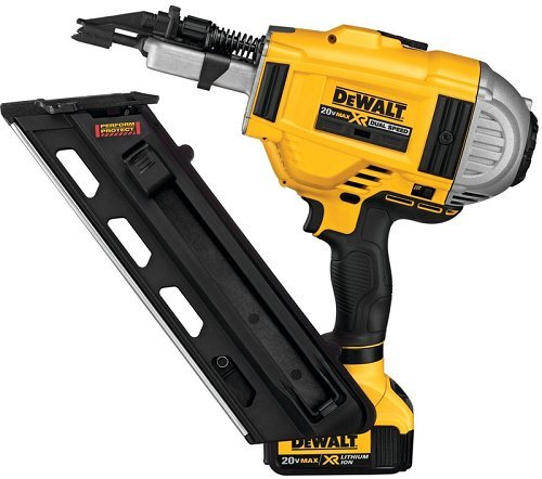 DEWALT DCN692M1 20V MAX XR Dual Speed Framing Nailer Kit ()