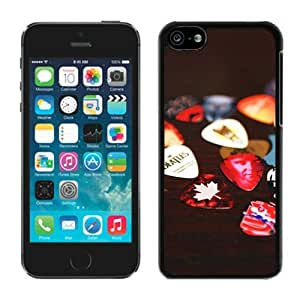 iPhone 5C Case ,Unique And Fashionable Designed Case With Guitar Picks Black For iPhone 5C Phone Case