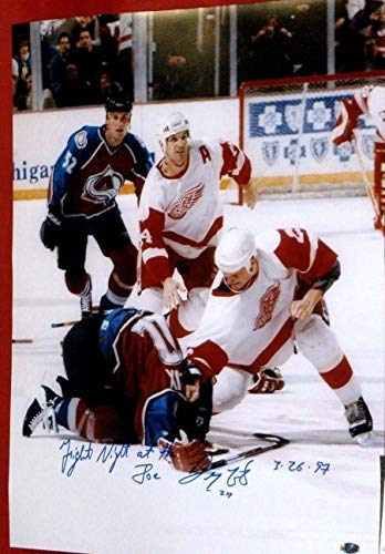 DARREN McCARTY SIGNED 16X20 LEMIEUX FIGHT PHOTO DETROIT RED WINGS FIGHT - Red American Detroit Wings Great