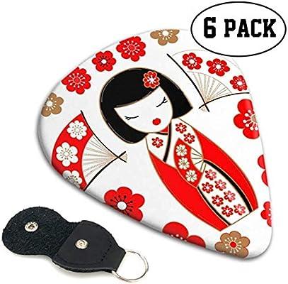 Ilustración linda de una muñeca japonesa Kokeshi In Re Púas de ...