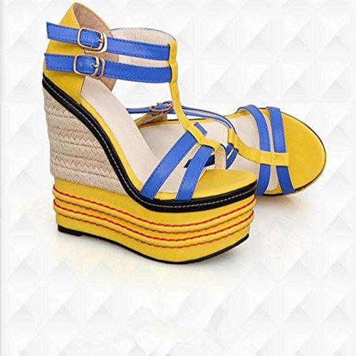 LvYuan Sandalias del verano de las mujeres / oficina y carrera / talón ultra ultra atractivo / plataforma impermeable / talón de cuña / color mezclado / hebilla / estilo nacional bohemio Yellow