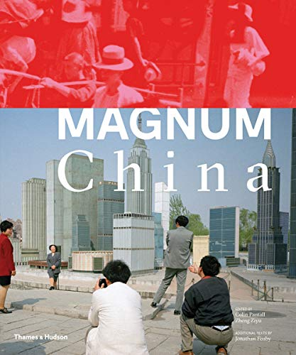 This lavishly illustrated book is the history of China, spanning the pre-revolutionary years to China's present day rise as a global power as told through the Magnum photo agency's legendary photographs. Magnum Photos first covered China on assignmen...