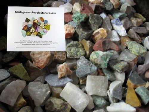 Fantasia Materials Madagascar Identification labradorite
