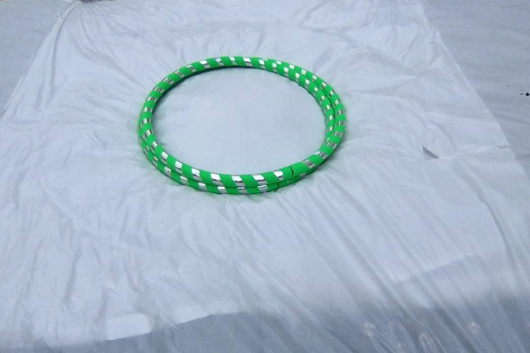 Adult 1 lb Hula Hoops Get Your MiddleLittle Green Light Weight Fitness Dance Workout Exercise Perfect for Hoop Dance and Off-Body moves Advanced Hoopers Weight Medium 38-39 inches round