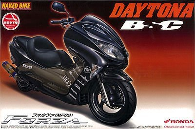 Download Aoshima 1/12 Honda Forza (MF08) Motorbike - Daytona