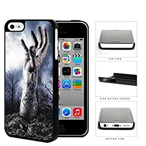 MMZ DIY PHONE CASEZombie Hand Above Ground In Forest Hard Plastic Snap On Cell Phone Case Apple iphone 4/4s