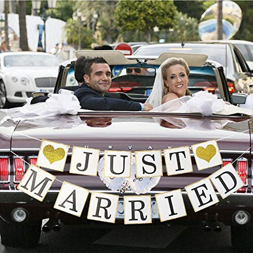 Faylapa JUST Married Wedding Banner,Wedding Photo Booth Props Wedding Decorations for Reception, Bridal Shower (Gold Heart) -