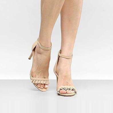 d493fd58a3 Sandália Drezzup Salto Fino Babados Feminina  Amazon.com.br  Amazon Moda