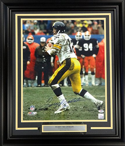TERRY BRADSHAW AUTOGRAPHED FRAMED 16X20 PHOTO PITTSBURGH STEELERS PSA/DNA STOCK #90866