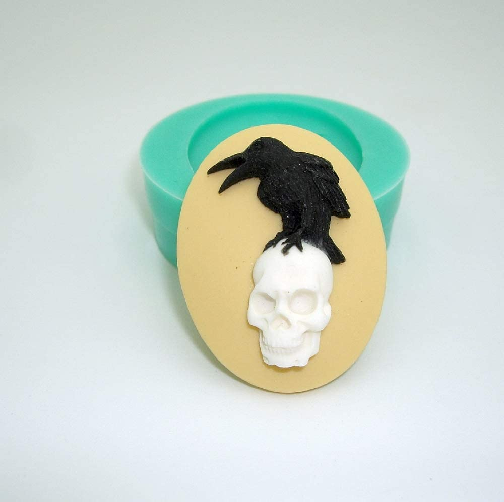 Jewelry Resin Polymer Clay Scrapbooking F S Brand Silicone Mold Raven on Skull Cameo Flexible for Crafts