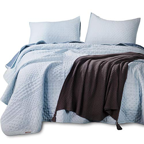 KASENTEX Quilted Coverlet 3-pc Mini Bedding Set-All Season Lightweight Ultra Soft Stonewashed Blanket-Heat-Pressed 2-Tone Reversible Color, King Shams, Sky Blue/Indigo Light
