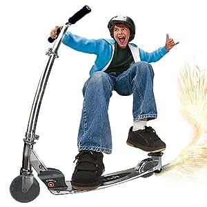 Feber - Scooter Spark (Famosa 700008463)