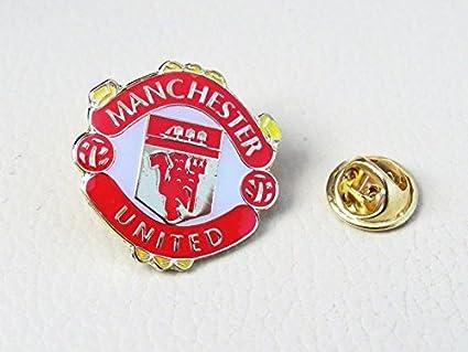 Amazon Com Manchester United Soccer Football Badge Emblem Logo Pin Button Everything Else