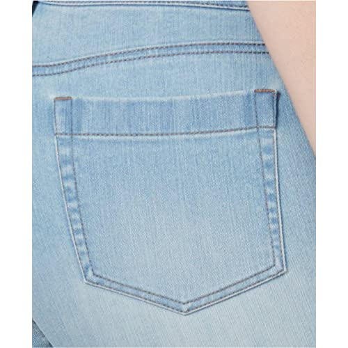 a2359d8a3bf delicate Style   Co. Women s Plus Size Tummy-Control Capri Jeans ...