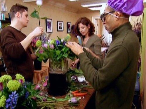 - Petal Pushers - Season 1, Episode 2 - Custom Made