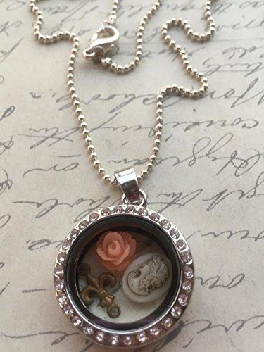 Lis Cameo De Fleur (Floating Mini Charm Necklace)