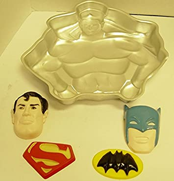 RETIRED Wilton Batman Superman Cake Pan — 1977 DC Comics — as shown