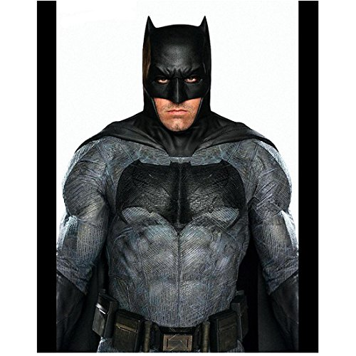 Batman V Superman: Dawn of Justice (2016) (8 inch by 10 inch) PHOTOGRAPH Ben Affleck Thick Black Bars on Either Side of Pic - Black Pics Thick