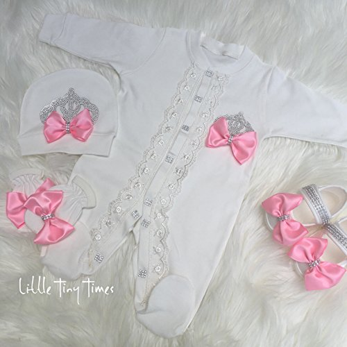 Newborn girl Take home outfit.Baby girl coming home outfit.Baby girls first outfit.Baptism girl.Girl hospital outfit.Baby gift