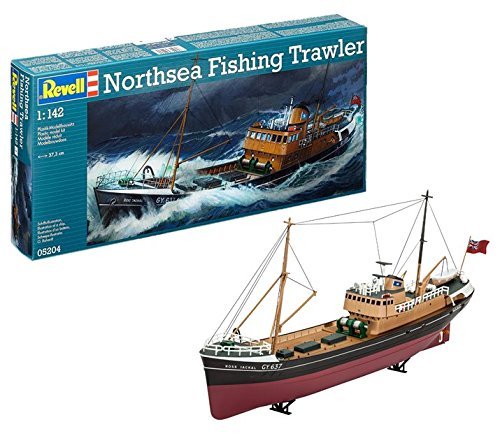 (Revell Germany North Sea Fishing Trawler Kit)